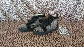 Christian Louboutin Sneaker Second Sepatu Bekas Import