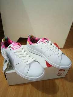 Adidas Stans smith