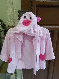 Piggy Bathrob