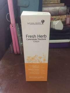 Fresh herb calendula toner