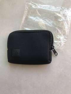 全新黑色拉鍊小袋錢包鑰匙包 New black zipper coins or key small mini wallet bag