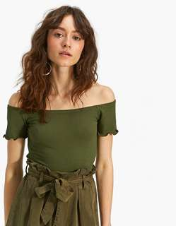 Off shoulder stradivarius olive green