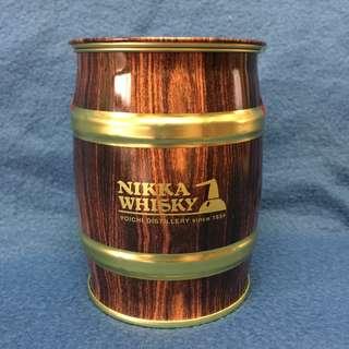 NIKKA WHISKY 酒桶型鐵罐 (朱古力豆已食)