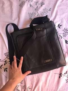 Samsonite Leather Body Bag