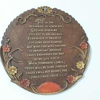 Unique plaque