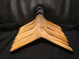 🚚 實木衣架 / 原木衣架(肩膀加寬)