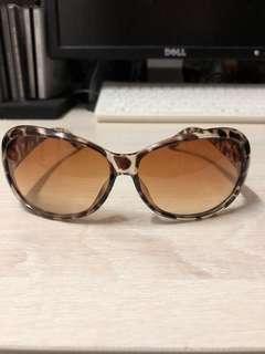 豹紋太陽眼鏡