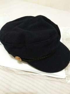 Topi navy blue