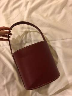 Maroon bucket bag w strap