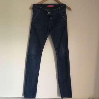 Paris Hilton jeans