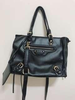 黑色可提可背包包