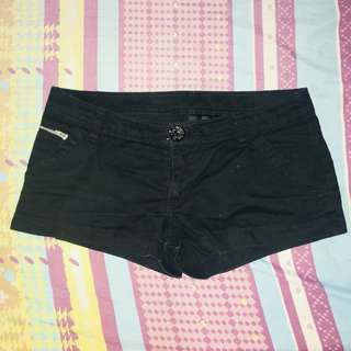 Divided (H&M) Black Shorts
