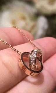 Cartier necklace 朋友送的,只戴過一次,可到門市驗真假