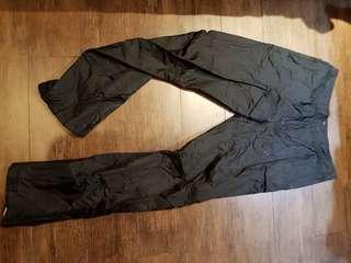 Celana panjang parasut
