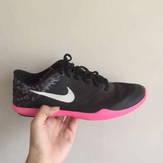 Nike (black & pink) 100% authentic