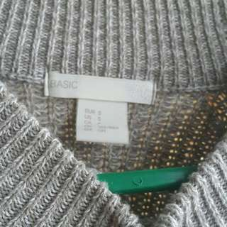 H&M GREY KNIT SWEATER ORI