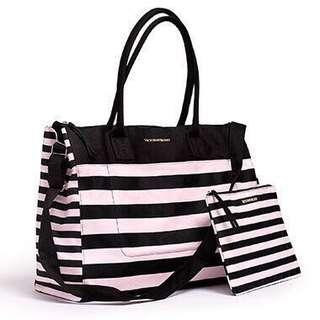 Victoria Secret Travel Bag Large tote bag VICTORIA'S SECRET LUGGAGE BAG BEACH TOTE BOTTOM ZIPPER VS BAG VICTORIA SECRET BAG MURAH VICTORIA'S SECRET CHEAP BAG TOTE BAG MURAH