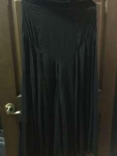 UO black maxi skirt
