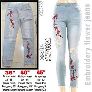 1762 EMBROIDERY FLOWER JEANS