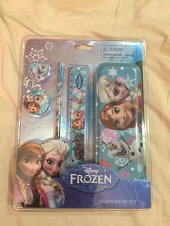 Frozen set x 2