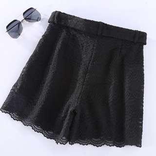 🚚 高腰蕾絲短褲