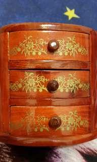 🚚 梨花木珠寶盒
