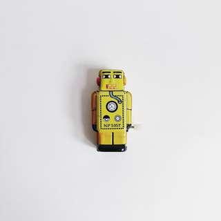 Retro Tiny Tin Robot