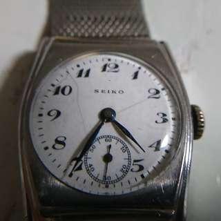 [父親節優惠,買任何一隻九折,買任何兩隻或以上八折,優惠期至6月20日]極罕有古董精工(Seiko)陶瓷面小三針上鍊手錶