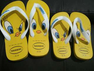 mother and daughter havaianas
