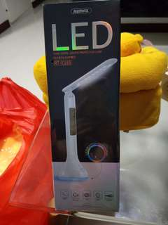 REMAX -LED LAMP