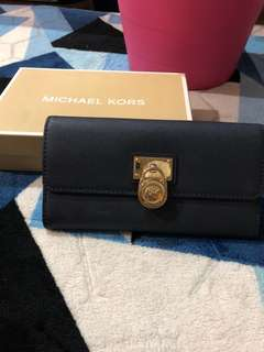 Authentic Michael Kors Hamilton Bi-Fold Wallet