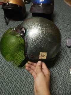 Vintage helmet metalflake
