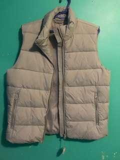 Zip up vest - large
