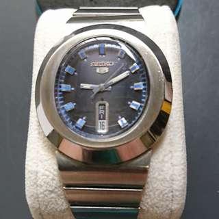 [父親節優惠,買任何一隻九折,買任何兩隻或以上八折,優惠期至6月20日] Vintage (精工) Seiko 5 自動錶 (6119-5510T)