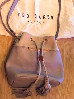 🈹Ted Baker London 水桶袋