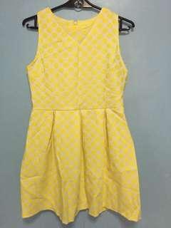 yellow polkadot dress