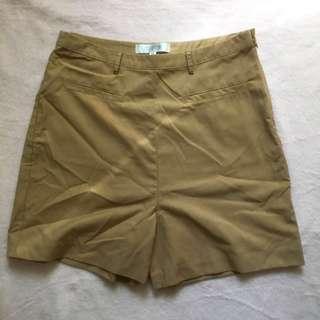 [REPRICED]  High Waist Cream Casula Shorts
