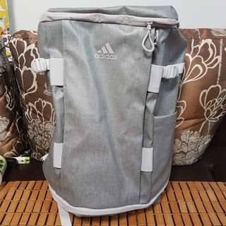 9成9新 Adidas Backpack 超大 灰色 30L 大背囊 背包 行山