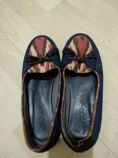 sepatu batik handmade