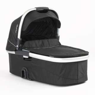 Nuna IVVI Carry cot 攜帶式睡箱 (黑色)