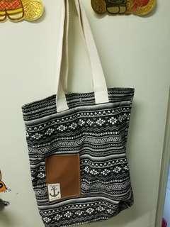 泰國買番黎的側咩袋
