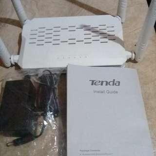 Tenda N300 Enhanced Router