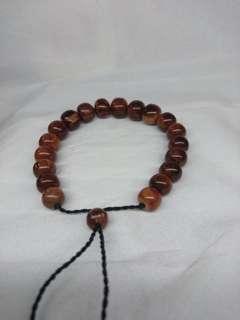 Kokka wood bracelet