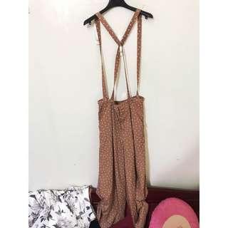 🚚 日本 Lowrys farm 原價3380 高級寬闊 吊帶褲 帶子可拆式喔!!!這件超級顯瘦的!