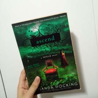 FREE Ascend by Amanda Hocking #blessing
