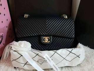 Chanel Chevron Flap in Caviar 28cm