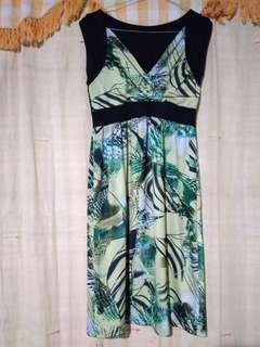 Dress Cantik Wanita