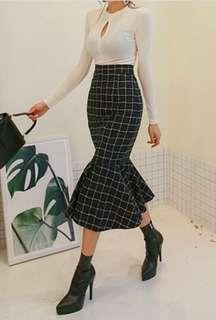 🚚 高腰下擺不規則過膝裙Made in Korea