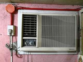Hitachi RA-254MA Non-Inverter Window Type Aircon