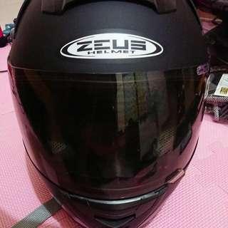安全帽 ZEUS 806f